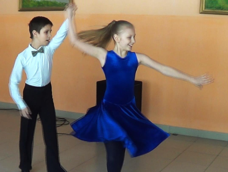 D:\03 САЙТ\танцоры\ча 2.jpg